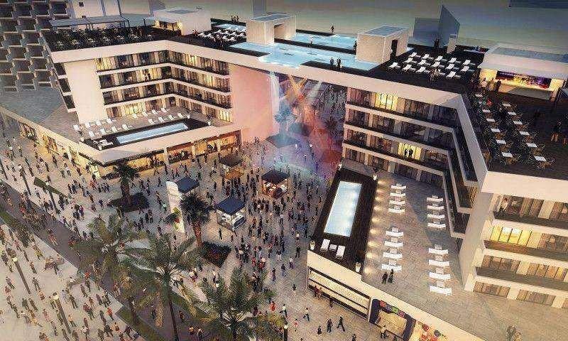 La demolición del antiguo hotel Jamaica permitirá unir segunda y tercera línea de playa con un moderno complejo hotelero y comercial de más de 5.000 metros cuadrados.