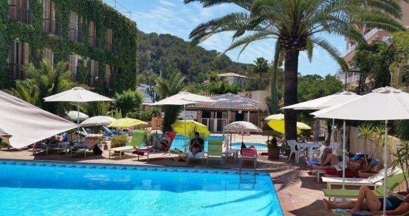 El Hotel Cupido está situado en la zona de Paguera.
