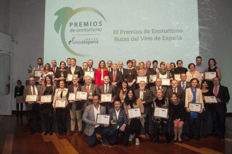 Foto de familia con todos los galardonados.