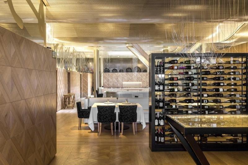 Lasarte, el restaurante barcelonés de Martín Berasategui, ya cuenta con tres Estrellas Michelin.