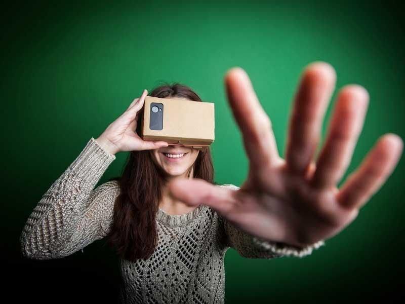 Thomas Cook y su estrategia de captación a través de contenidos sobre realidad virtual a través de las gafas Google Cardboard.