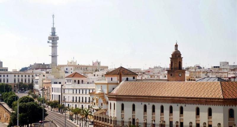 Dos edificios de Telefónica de Cádiz tendrán uso hotelero