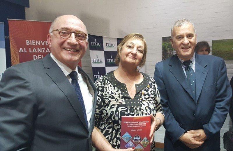 Arnaldo Nardone, Liliam Kechichian y Carlos Fagetti.