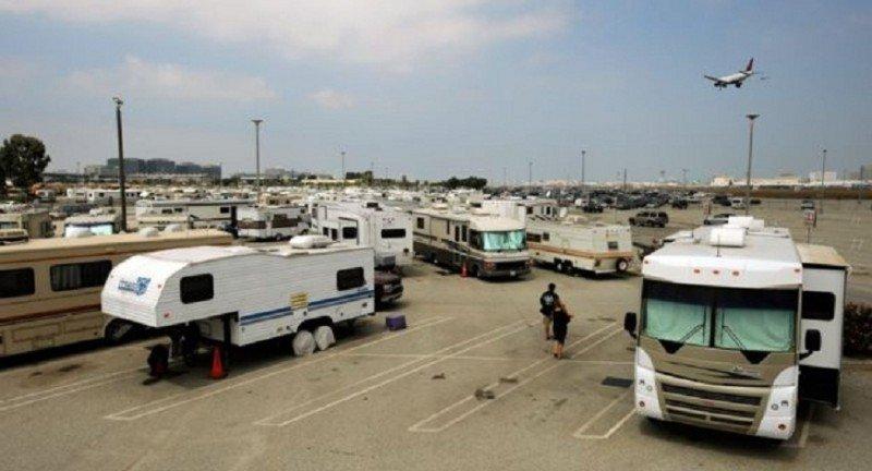 Los residentes pagan un alquiler mensual que no llega a los 100 dólares al gestor aeroportuario (Foto: BBC Mundo/ Getty Images).