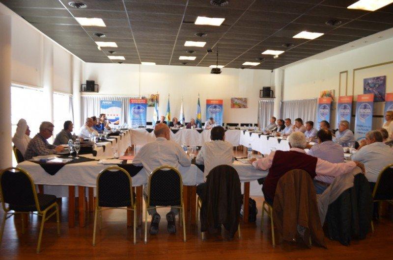 Más de 40 empresarios se reunieron en Miramar.