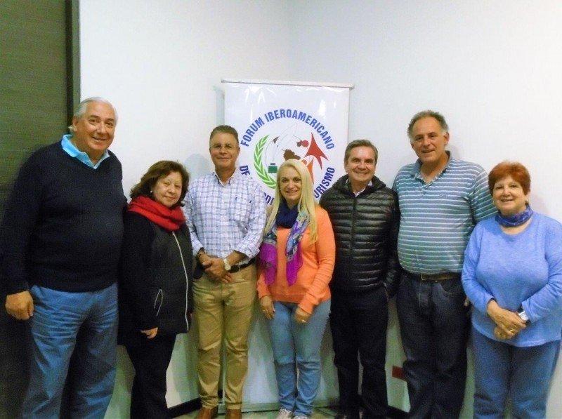 Consejo Directivo del Fórum Iberoamericano de Periodistas de Turismo.