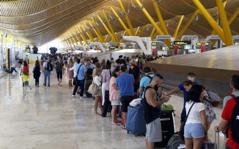 Comisión Europea propone sistema de información y autorización de viajes
