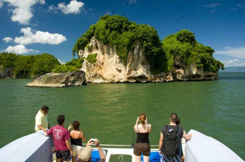 Sudamérica envió casi 2,5 millones de turistas a República Dominicana en 5 años