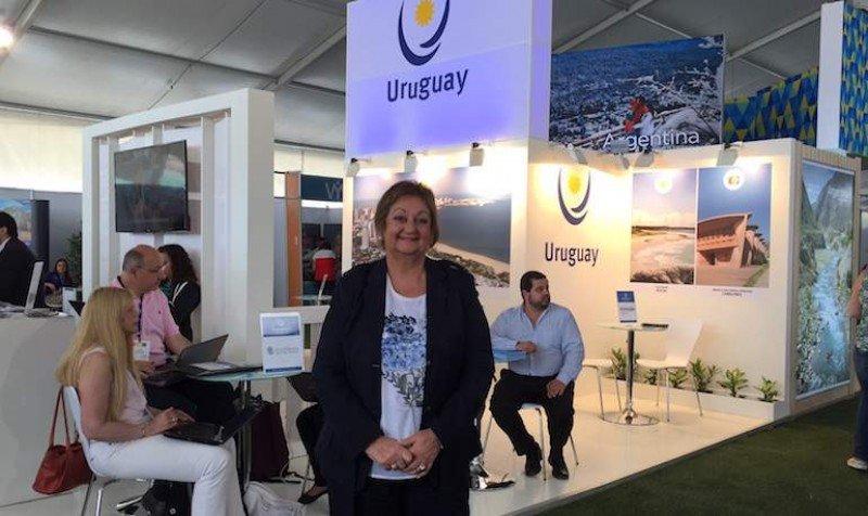 Después de varios años Uruguay volvió a tener un stand en la feria chilena Vyva, y una delegación encabezada por la ministra de Turismo.