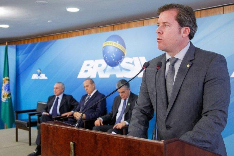 Ministro de Turismo de Brasil, Marx Beltrao.