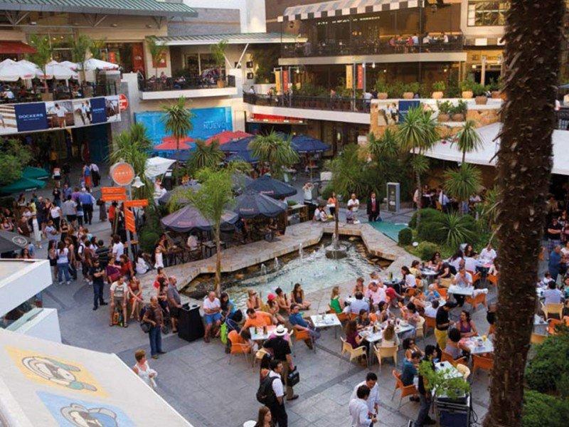 Santiago de Chile es uno de los lugares elegidos por los argentinos que viajan para comprar.