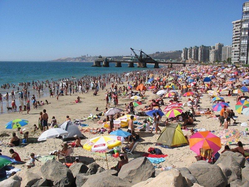 Viña del Mar figura entre los destinos preferidos de los chilenos que toman vacaciones por más de 4 noches.