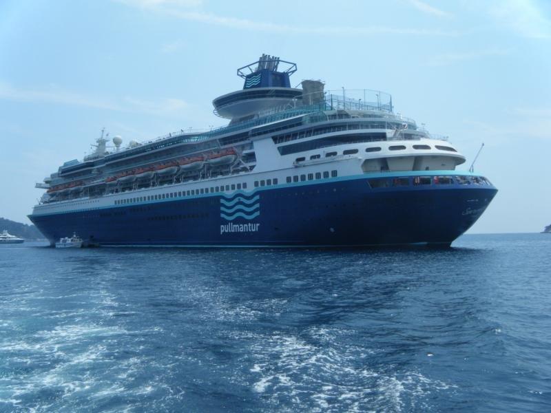 Pullmantur deberá indemnizar a los pasajeros de un crucero cancelado