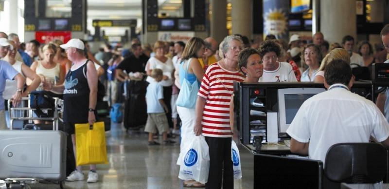 Sancionan a Iberia, IB Express, Air Europa y airberlin por cláusula abusiva