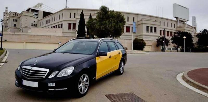 Los taxistas son con frecuencia el primer contacto de los turistas extranjeros cuando llegan a nuestro país.