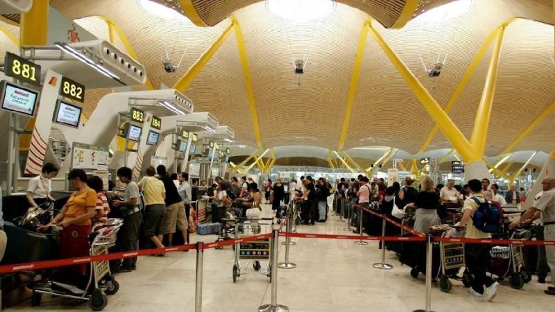 El Aeropuerto de Madrid-Barajas se mantiene como el primero de España en tráfico.