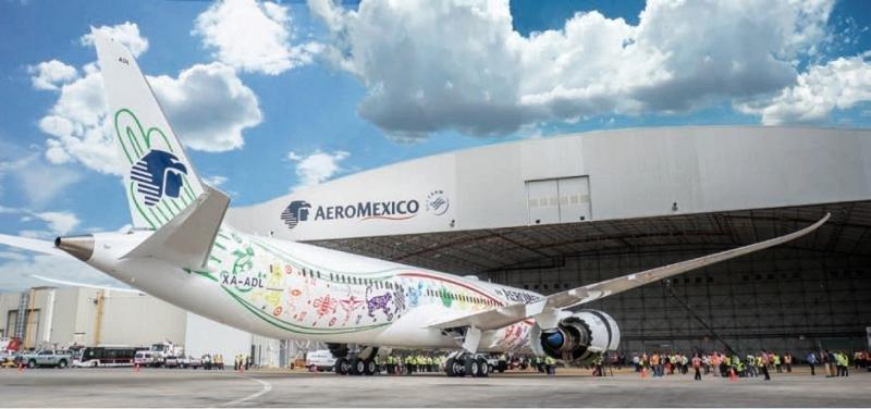 """Aeroméxico recibió el 12 de octubre su primer B787-900, bautizado Quetzalcóatl, """"el avión más moderno del mundo"""" y el primero de un pedido de 10 unidades con las que modernizará su flota para el largo radio."""