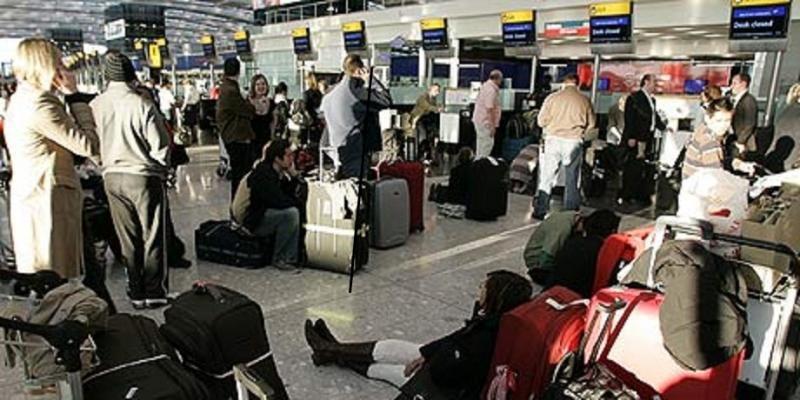 Huelga en 18 aeropuertos británicos en Nochebuena (Foto de archivo).