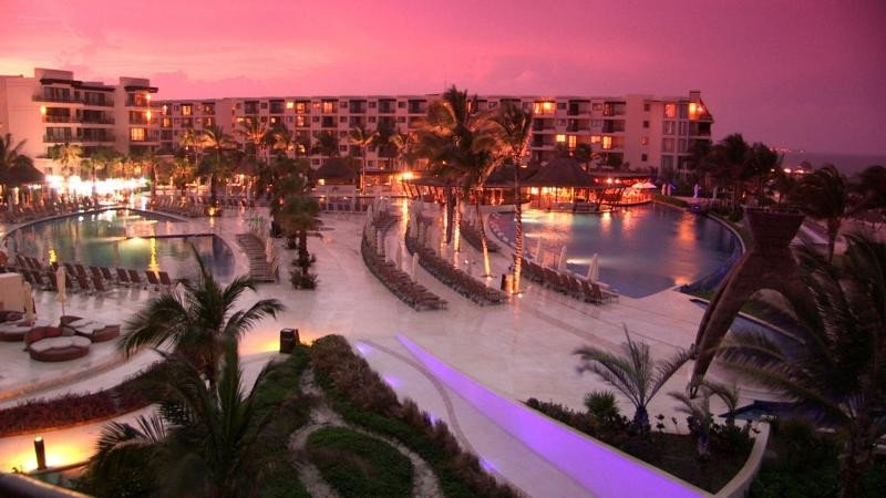 Dreams Riviera Cancun Resort, perteneciente a Apple Leisure Group.