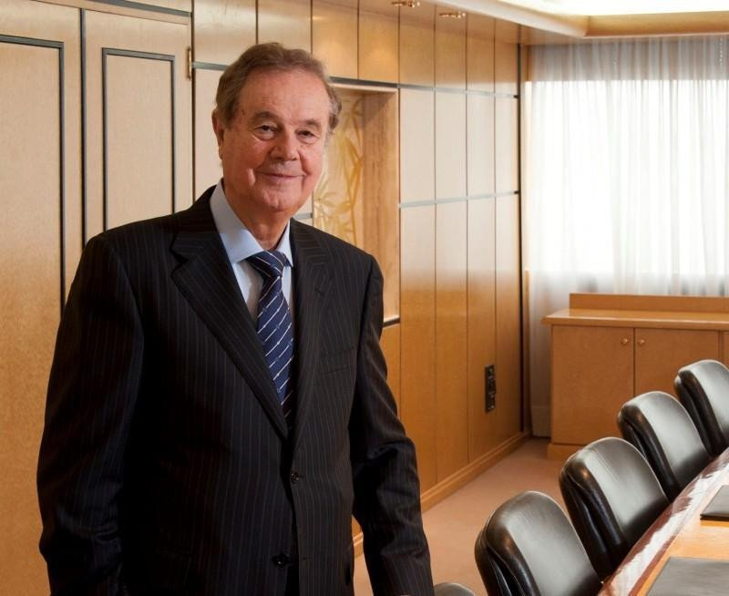 Escarrer se retira, borrador del alquiler en Baleares, NH versus HNA,...