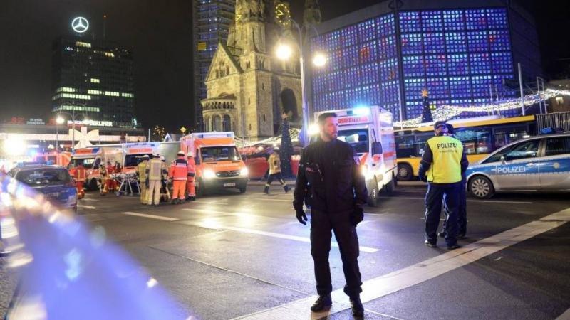 Al menos 12 muertos y 48 heridos arrollados por un camión en Berlín
