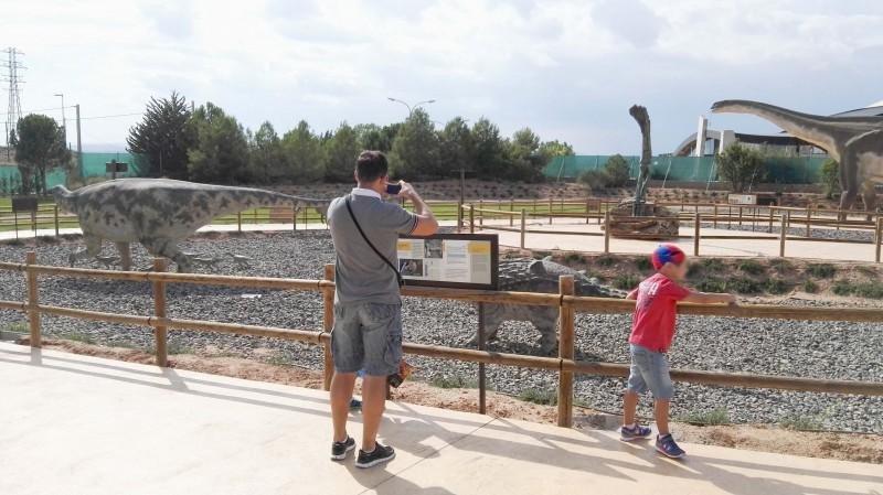 Para celebrar loss quince años de su puesta en marcha, desde el inicio de la temporada, el parque puso en marcha diversas iniciativas y promociones.