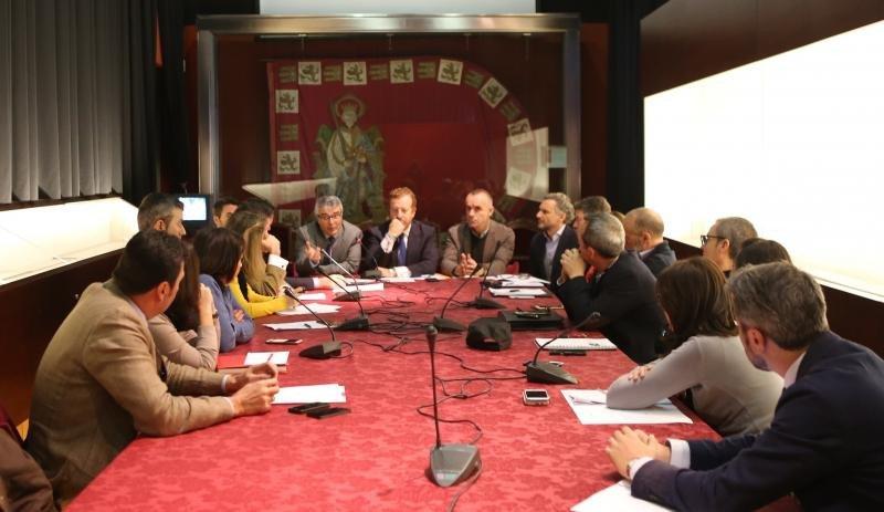 1.350  viviendas turísticas registradas y 12 expedientes en Sevilla