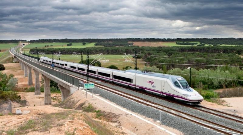 El AVE Madrid-Valencia transporta 13 millones de viajeros en seis años
