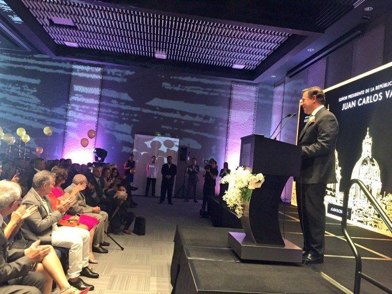 Juan Carlos Varela, presidente de Panamá, encabezó el acto inaugural.
