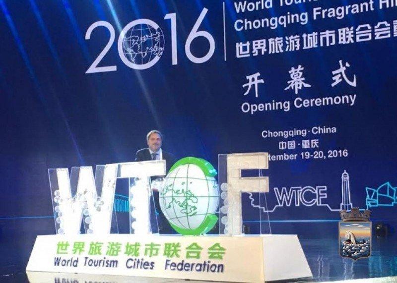 El alcalde Andrés Jafif representó a Punta del Este en China.