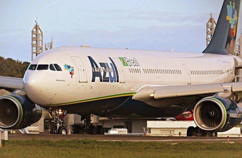 Azul estrenó su nuevo vuelo internacional entre Recife y Orlando