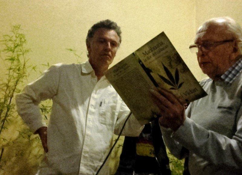 Eduardo Blasina, director del museo, y el antropólogo Daniel Vidart en la apertura el jueves.