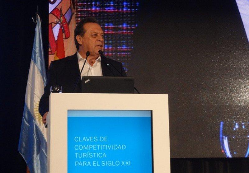 Gustavo Santos en el cierre del simposio celebrado en el hotel NH City de Buenos Aires.