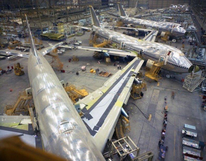 Boeing anuncia a sus empleados un recorte de su plantilla en 2017