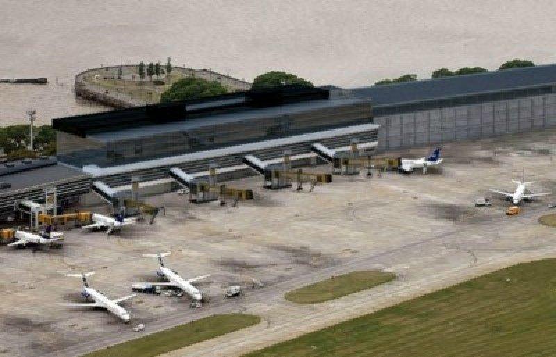 Trabajadores aeronáuticos se movilizan contra cielos abiertos en Argentina