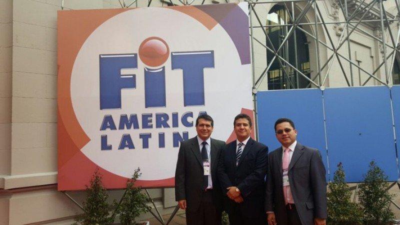 Directivos de la aerolínea adelantaron los planes de la compañía en la FIT de Buenos Aires en octubre.