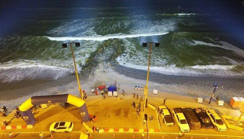 Iluminación nocturna en playa La Pampilla de Lima. Foto: El Comercio