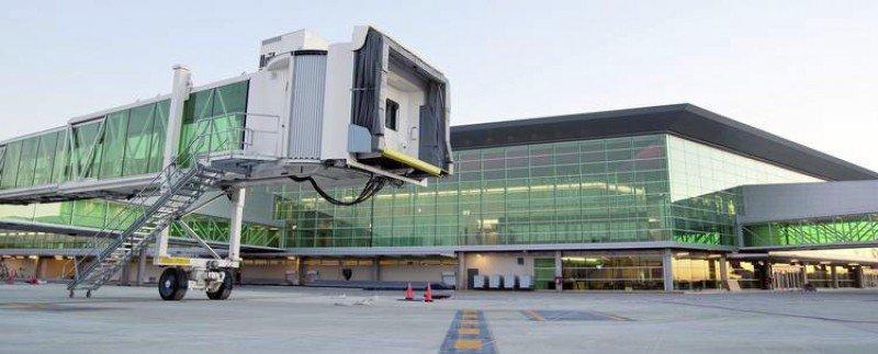 Las mangas de los aeropuertos de Argentina se usarán por orden de llegada
