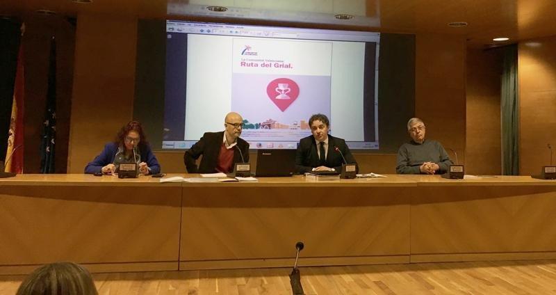 Francesc Colomer, secretario autonómico de la Agència Valenciana del Turisme, en la presentación de la Ruta del Grial.