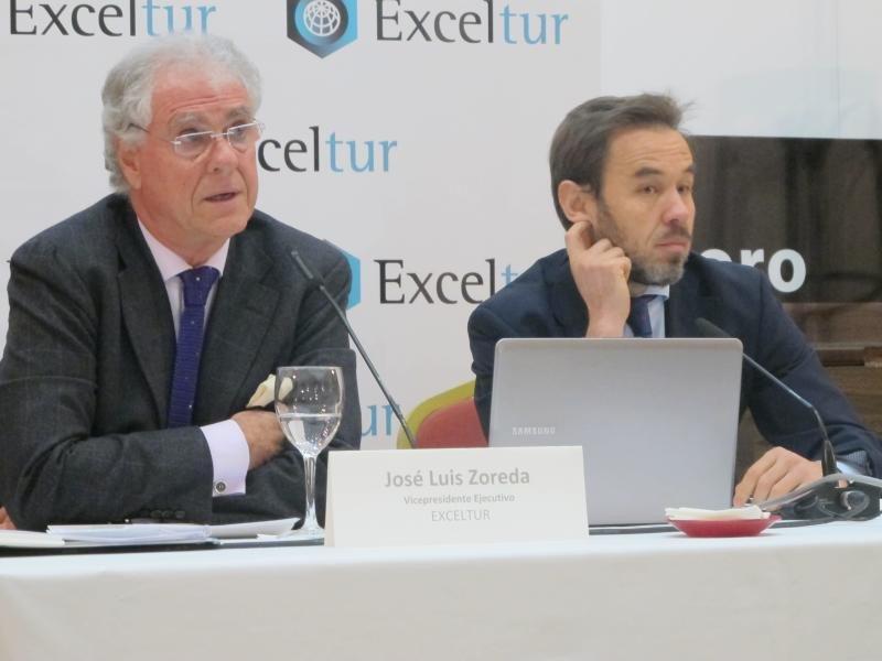 El vicepresidente ejecutivo de Exceltur, José Luis Zoreda, y el director de estudios, Óscar Perelli.