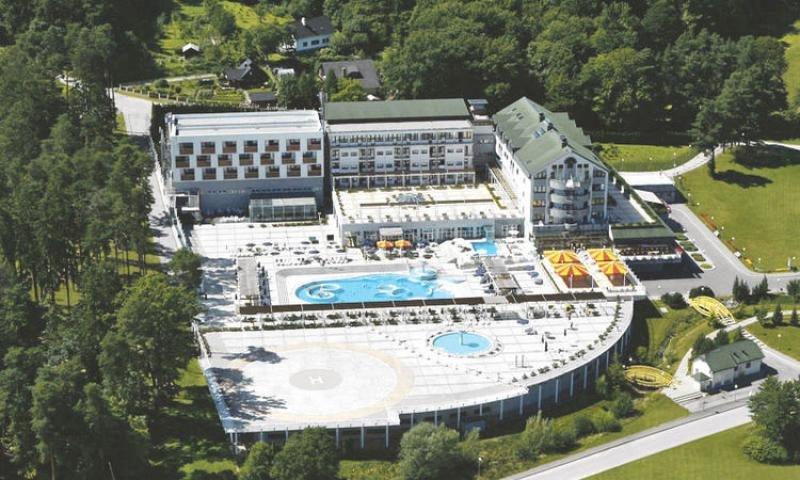 El hotel Hababuk, a las afueras de Maribor, dispone de un gran spa de aguas termales e instalaciones para eventos y reuniones.