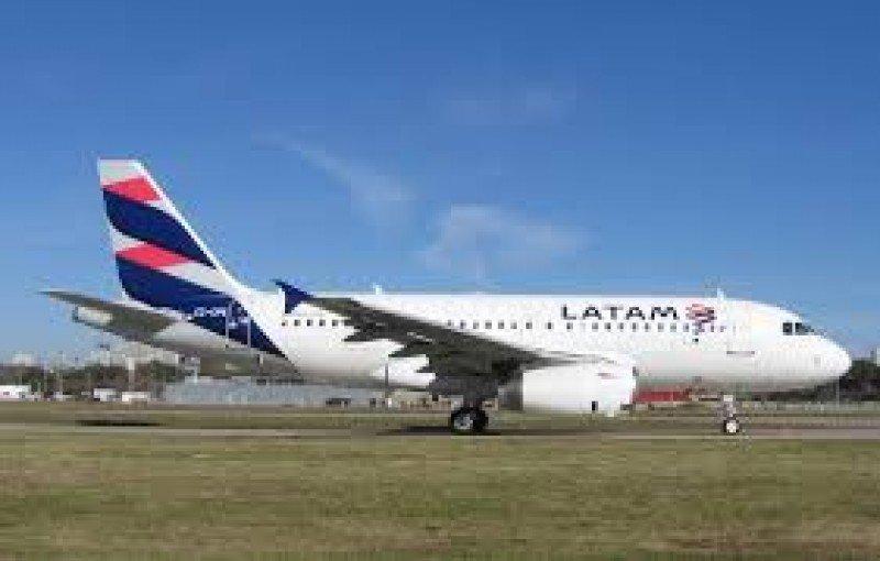 Aeronavegantes cierra paritarias con Latam Argentina por 44%