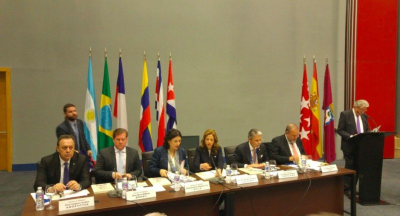 Doce ministros de Iberoamérica se reunieron en el marco de CIMET, en Madrid.