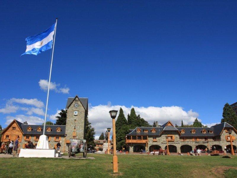 """Hoteleros de Bariloche dicen que """"no es oportuno"""" cobrar la ecotasa"""