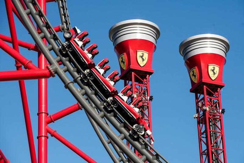 Las atracciones de Ferrari Land se abrirán al público el 7 de abril