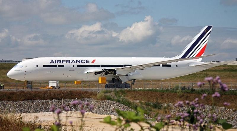 Air France oferta un 75% más entre Barcelona y París por el Mobile Congress
