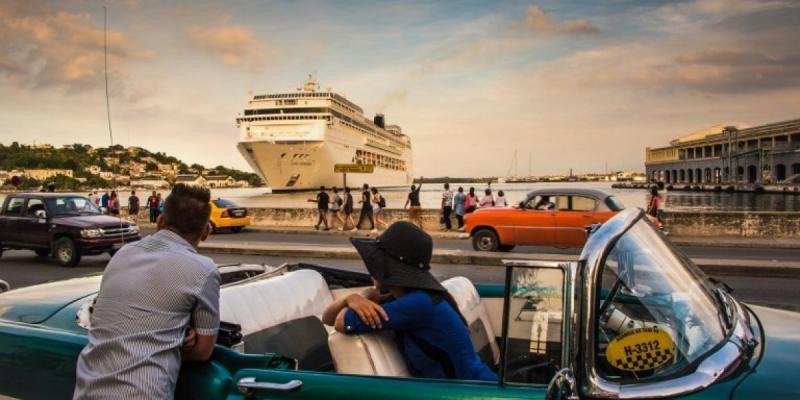 Cuba inicia 2017 con un 15 %  más de turistas