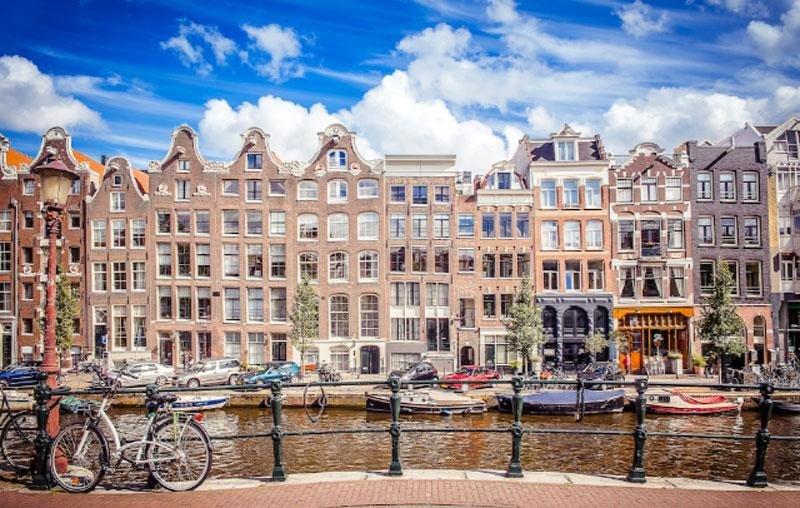 Multa de 297.000 € por alquilar a través de Airbnb en Ámsterdam