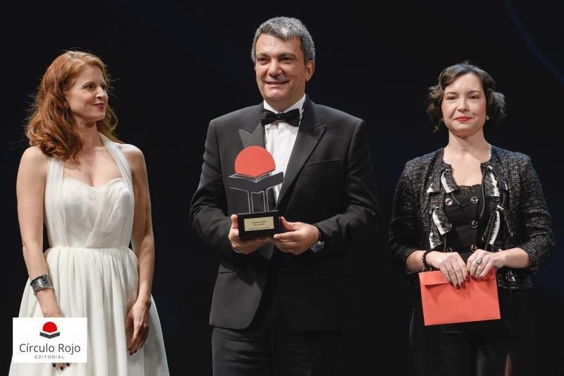 El presidente de BlueBay Hotels, premiado en su faceta de escritor