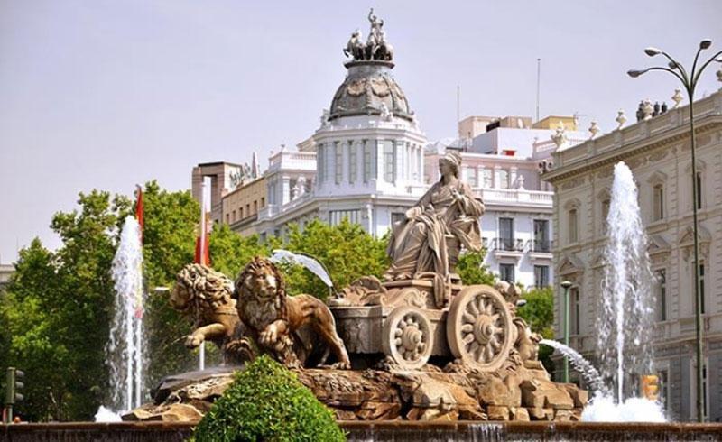 Madrid recibe por primera vez más de cinco millones de turistas internacionales